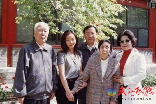 """揭秘""""红三代""""的时尚贵族生活(组图)"""