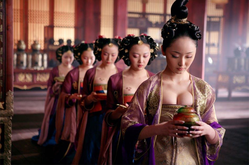 中国古代皇宫有专人为太子做性启蒙教育 卫视