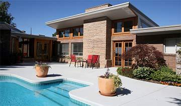 100万美元能买到的美国房产 房间超大环境优美