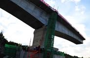 八:海南确保五源河文体中心开工 西环高铁竣工通车