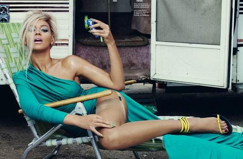 """美国《人物》杂志评出的""""2012年最美丽的女人&"""