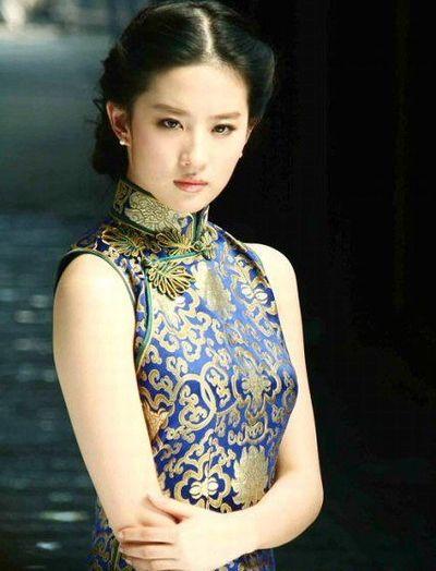 刘亦菲 张艺谋/游建鸣《金粉世家》捧红刘亦菲