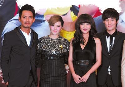 钟汉良/主演钟汉良、谭维维、左岩、安七炫在发布会现场。本报记者张...