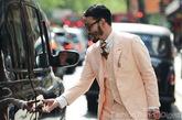 穿着粉色西装的男人,是不是有娘娘腔的味道呢?