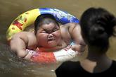 跟踪:全方位揭秘120斤小胖的烦恼生活(组图)