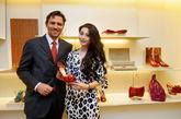 范冰冰于巴黎Salvatore Ferragamo专店定制亚太地区第一双全新红毯系列晚装鞋履