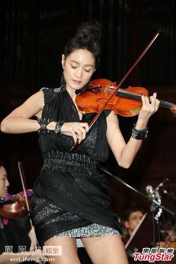 有一首小提琴演奏的舞曲里面有个歌词是nanana还是lalalalalalalala图片