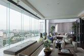 Ardmore公寓大楼位于新加坡的Ardmore公园,这里是靠近新加坡高端商品购物区乌节路的一个主要位置,享有广阔而完整的观景视野,可欣赏到新加坡的市容市貌,及其周边西部与东部地区大片的绿地。(实习编辑:王臻)