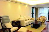 整个老年公寓共320套精装房,全是高层,每个楼层四户两电梯,共有一居室、二居室、三居室3种户型,其中一居室户型达228套,可满足600名老人的养老居住需求,2014年首期计划向市场推出100套。(实习编辑李丹)