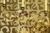 金色只是一种元素,而创意则是一种态度!巧用深浅金色的搭配,将传统纹饰与新式元素结合,墙面上的艺术图腾,赋予了家居空间独特的品位!(实习编辑:辛莉惠)