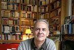 法国作家莫迪亚诺获诺贝尔文学奖 书房中自有大天地