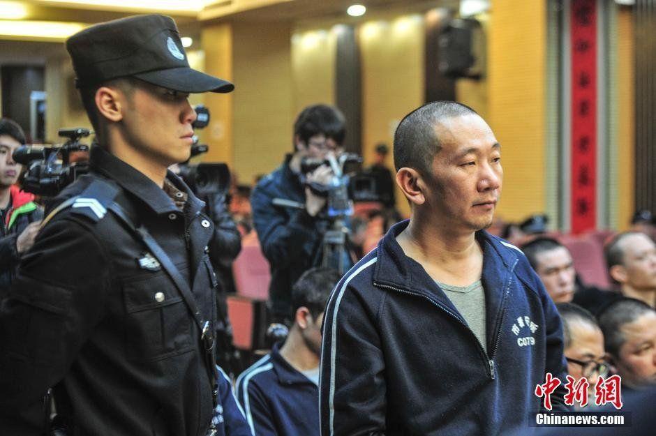 社会资讯_广州:22名黑社会庭审现场_资讯频道_凤凰网