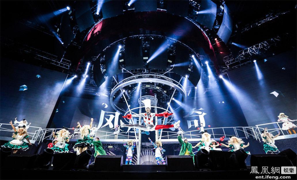 """韩红,凤凰传奇,小野丽莎,李云迪等一众明星纷纷举办新年演唱会,""""跨年图片"""