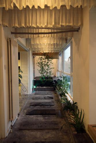 超赞北欧工业风公寓 巧用超长阳台打造私人SPA空间
