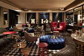 South Place酒店   South Place酒店混搭了鲜艳夺目的复古和现代设计及艺术,而80间客房和套间的设计低调奢华,关注细节。业主D&D 伦敦亲自管理酒店, 他们起源于管理精致餐厅,业务覆盖全球。酒店的公共区域和房内装置了现代伦敦艺术家的作品,而地理位置是商旅十分理想的豪华休息会聚点。步行酒店几步就是 LN-CC, 伦敦最高级独家的时装概念店,客人從全球各地慕名而來。(实习编辑:周芝)