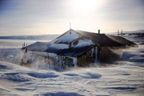 百年前探险者在南极的神秘小屋