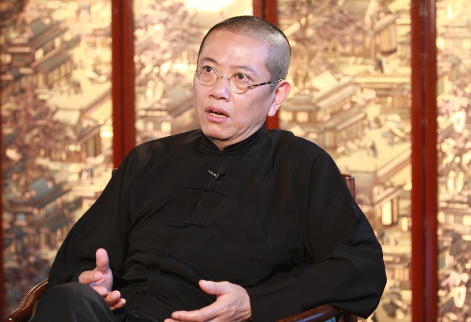 2013年5月13日,陈丹青走进设在乌镇昭明书院的凤凰网演播室,接受凤凰网文化频道《年代访》节目的独家对话。