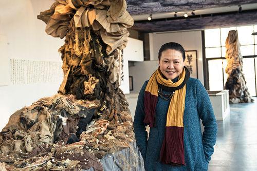 《白鹿原》服装设计师马德帆在京举办个人艺术展