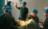 实拍90后女演员隆胸手术全程