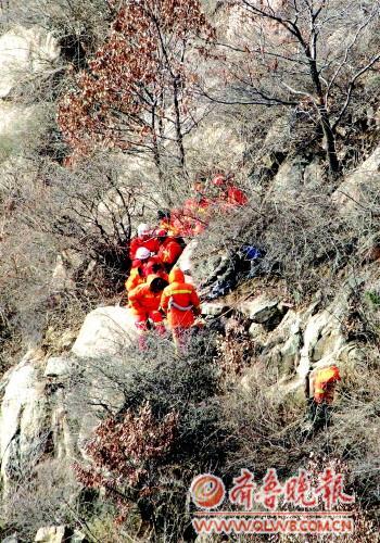 女驴友登泰山不幸遇难 安全出行全攻略