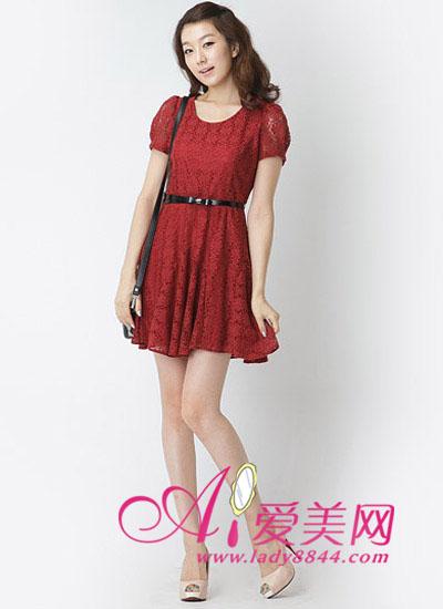 镂空蕾丝雪纺酒红色连衣裙