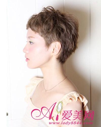 最新日系短发发型 矮个子女生首选