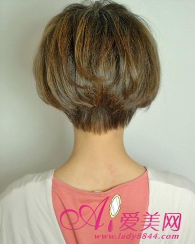 亚麻色染发是当今的流行色