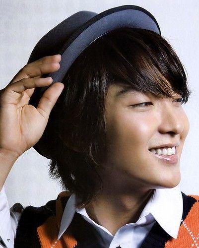 韩国男明星发型秀 引领时尚帅气风