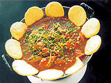 玉米饼子炖杂鱼