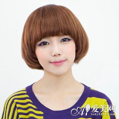 齐刘海学生头发型掀起甜美复古风理运动头型图片