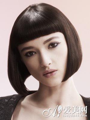 波波头短发发型图片 秋冬最时尚