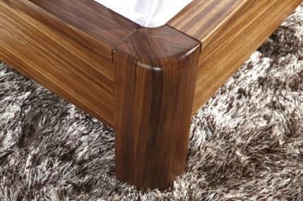 柏森乌金木家具属于现代实木家具