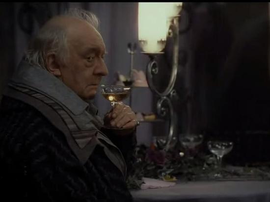 79岁《哈利波特》演员大卫莱欧逝世