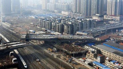 单单武汉一座城市基础设施支出就与英国全国相同。