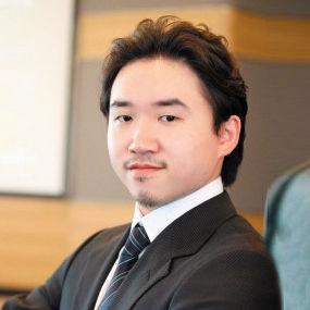 香港经纬集团董事长陈经纬之子陈亨达