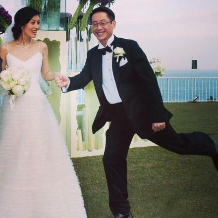 李嘉欣庆结婚6周年:希望老公每天像娶我时那么开心