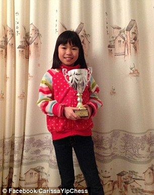 叶诗雯 11岁华裔少女成最年轻国象大师 欲夺世界冠军(图)