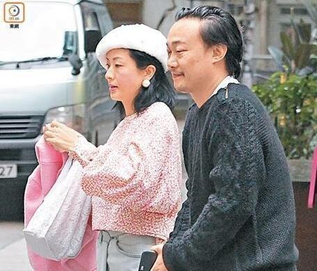 """[明星爆料]陈奕迅妻子否认怀二胎 晒运动照亲证""""无大肚"""""""