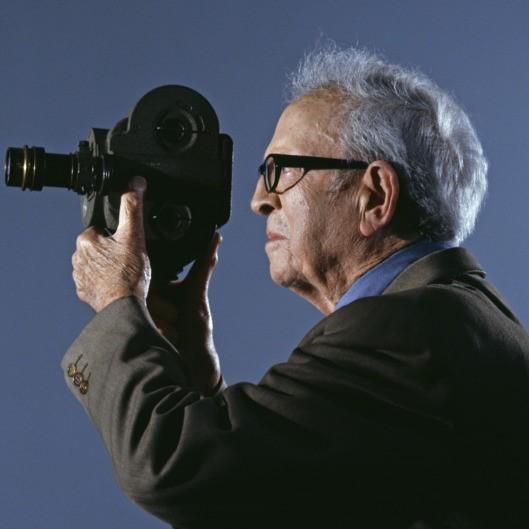 [明星爆料]传奇摄影师道格拉斯斯洛科姆去世 享年103岁
