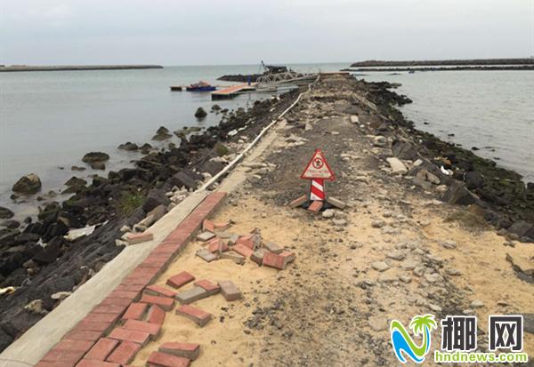 岛商报曾经报道海口西海岸有人填海造山寨码头,海岸带遭严重破