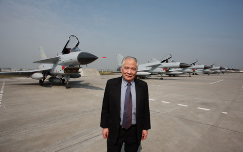 歼10曾大改 外方设计要高价被拒断言中国搞不出