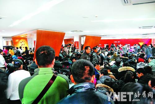金九银十抢房现场并非意味着北京房源稀缺-2012年房地产调控总结 以