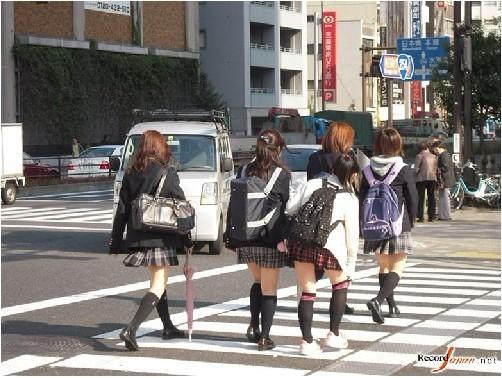 日本家庭贫富差距严重影响子女择校