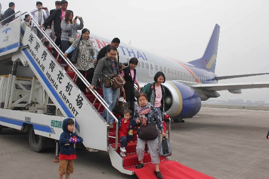 3月28日,从泰国首都曼谷素万那普国际机场起飞由泰国东方航空执飞的