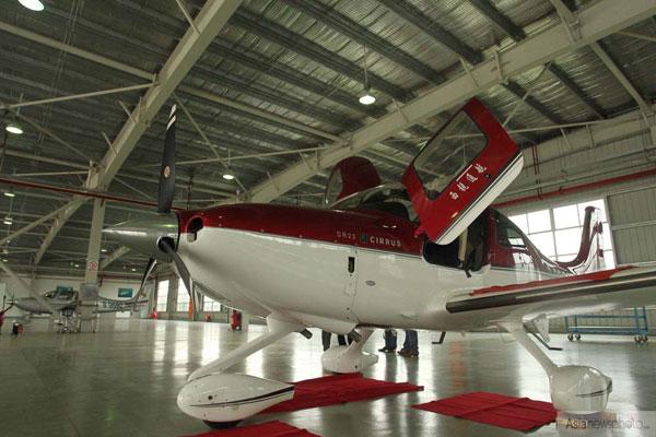 国内首家私人飞机4s店在珠海营业