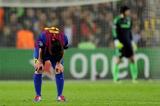 切尔西3比2胜巴萨 梅西射失点球送对手进入决赛图片