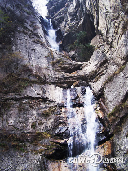 > 正文   太平森林公园 陕西太平森林公园位于西安市西南户县太平峪内