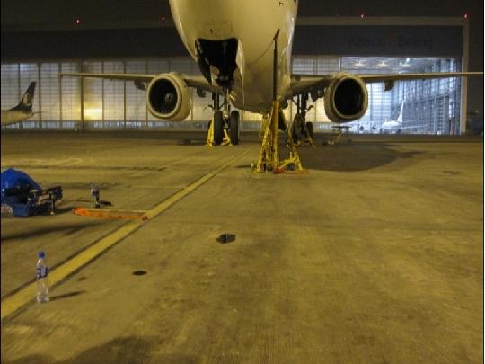 深航完成飞机起落架收放作动筒故障排除保障