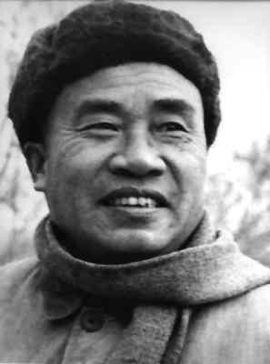 朱德,1886年12月1日生,1976年7月6日在北京逝世,享年90岁。