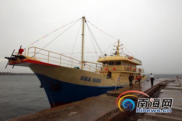 海南第一艘钢质的专业海钓船 (南海网记者陈望摄)